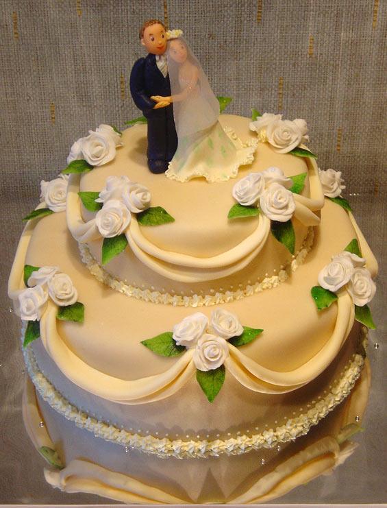 Лет оформление тортов: подставка для свадебного торта, торт в виде.