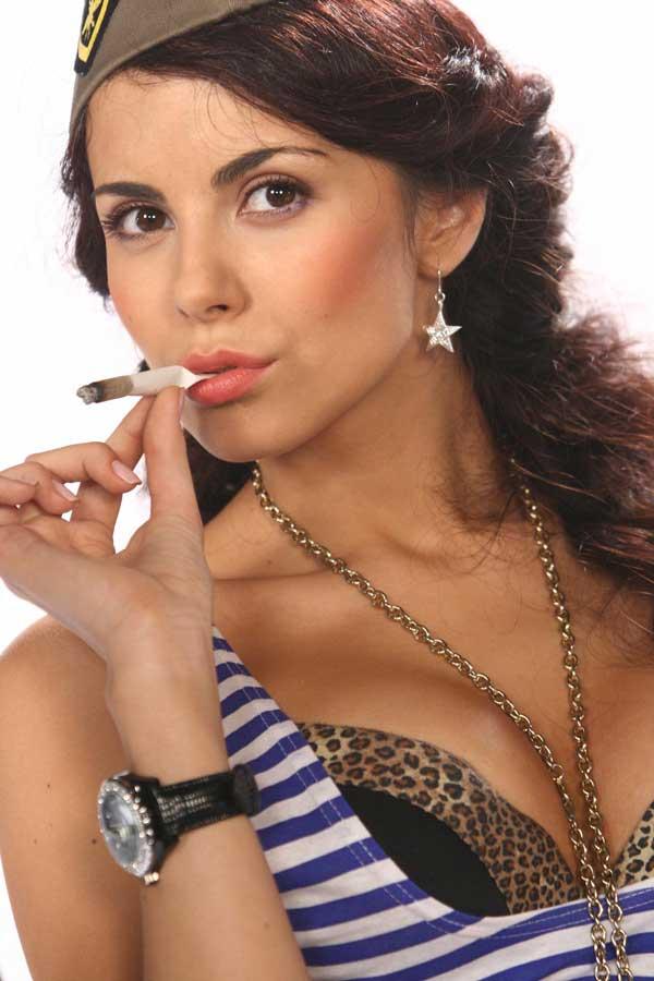Девушки курить не нужно - это плохо!