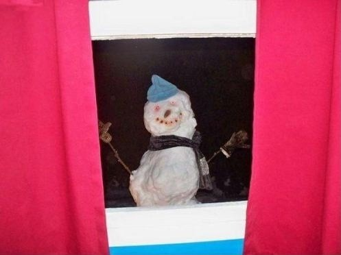 Необычный снеговик 1
