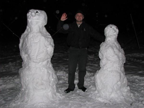 Муж и жена - снеговики Антона