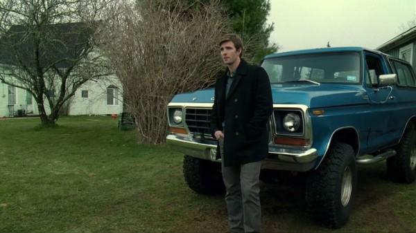 Нейтон со своим Фордом 7988QC