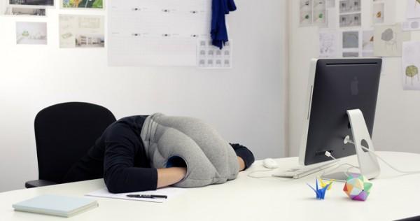 Спать на работе полезно!