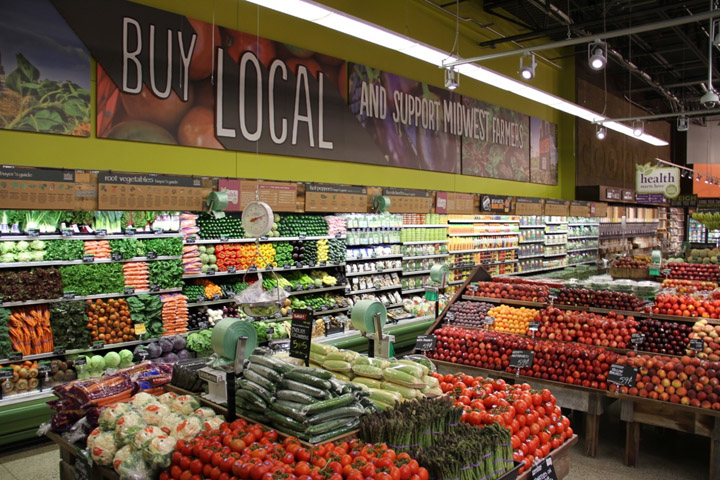 wholefoods marketing mix It is subtle marketing — people who might not even like whole foods may start following its twitter for the recipes and eventually become customers target communities along with the main twitter handle @wholefoods, the company creates accounts for specific communities.