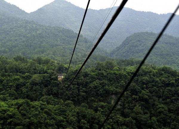 канатка между деревнями Китай