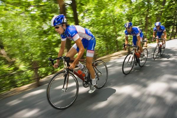 Жесткие велосипедисты