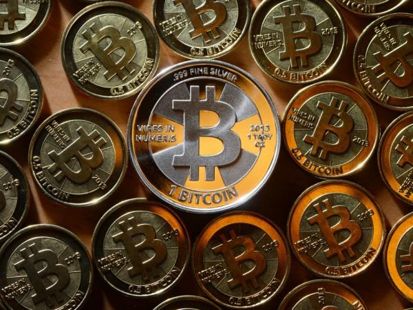 btc moneta, красивая монета биткоин