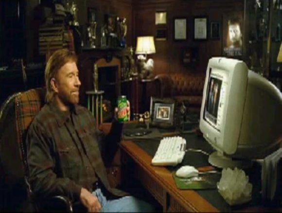 Chuck Norris - Чак Норрис пьет напиток